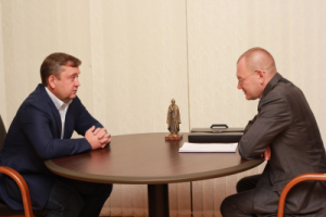 В рамках рабочей поездки прошла встреча заместителя полпреда Андрея Ярина и Губернатора Андрея Шевелёва.