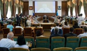 Александр Хорошавин провел совещание