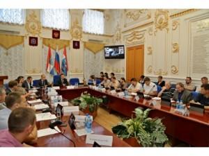Глава Самары Дмитрий Азаров провел расширенное совещание