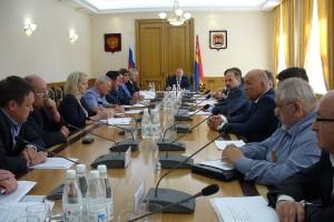 Губернатор Николай Цуканов провёл очередное совещание