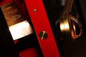 Центральный банк покупает золото