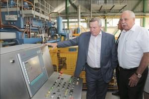 Василий Голубев дал старт новому производству в Белой Калитве