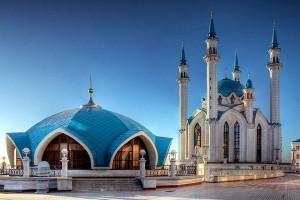 В Казани круглосуточно читают Коран и молитвы  за благополучие России и Татарстана