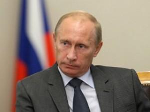 Владимир Путин потребовал восстановить жилье погорельцам до 1 сентября.
