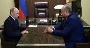 Губернатор Камчатки Владимир Илюхин пошел на досрочные выборы, Президент России не против.