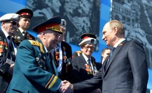Владимир Путин и ветераны Второй мировой войны