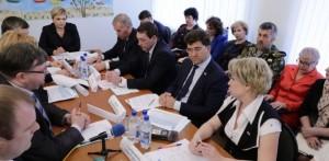 Губернатор Мурманской области Марина Ковтун встретилась с жителями Африканды