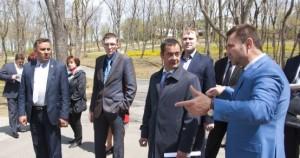 """Приморские власти привлекают студентов к созданию """"Аллеи России"""""""