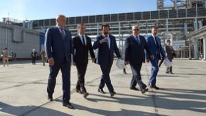 Глава Правительства России Дмитрий Медведев посетил Омский завод полипропилена