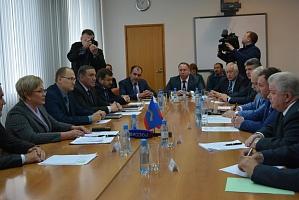Глава Мурмана Марина Ковтун занялась развитием авиасообщений в Мурманской области