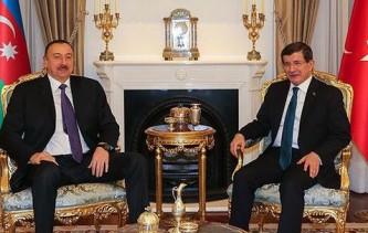 Ильхам Алиев и Ахмет Давутоглу