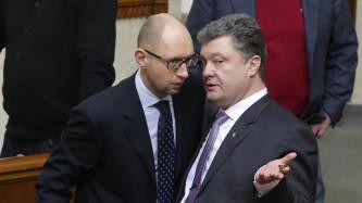 Яценюк и Порошенко вогнали Украину в гигантские долги.