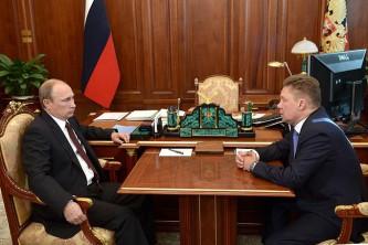 Владимир Путин и Алексей Миллер обсудили новый транзит российского газа.