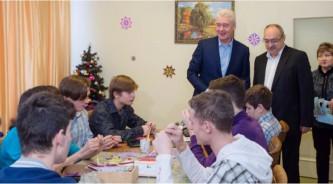 Собянин посетил центр содействия семейному воспитанию