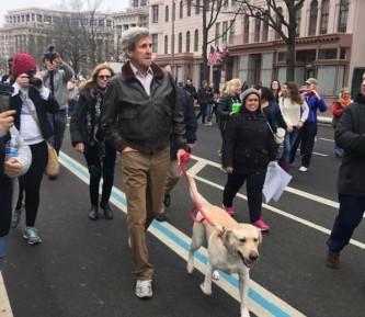 Джон Керри на Марше женщин