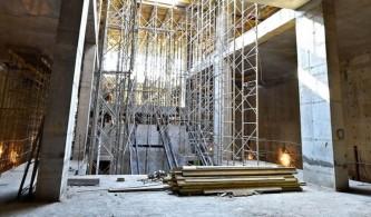 Установка эскалаторов на станции Селигерская