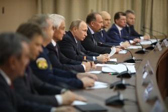 Владимир Путин провел совещание в Иркутске