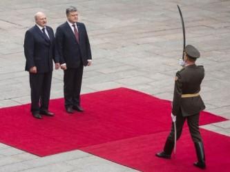 Александр Лукашенко прибыл в Киев