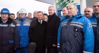 Собянин открыл крупнейшую АГНКС
