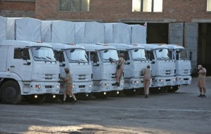 Вторая партия гуманитарного конвоя прибыла на границу с Украиной