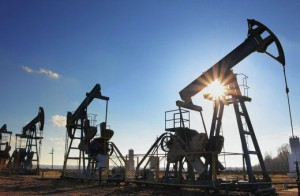 Разведка и добыча нефти.