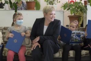 Марина Ковтун посетила Мурманскую детскую городскую клиническую больницу