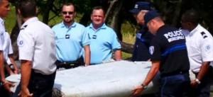 Таинственное исчезновение малайзийского лайнера. Американские спецслужбы: Boeing-777 был умышленно направлен другим курсом