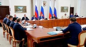 Глава Правительства РФ Дмитрий Медведев похвалил кубанских аграриев