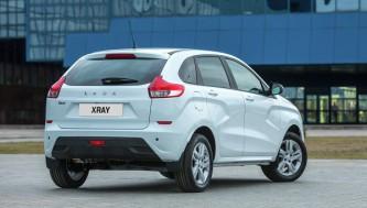 Новое детище АвтоВАЗа Lada Xray взяла резкий старт продаж.