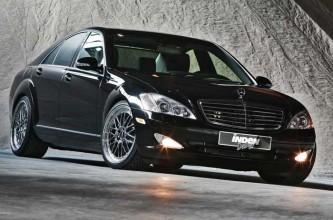 Mercedes-Benz стал визитной карточкой революционеров Майдана.