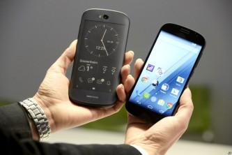 YotaPhone будет полностью собираться в России.